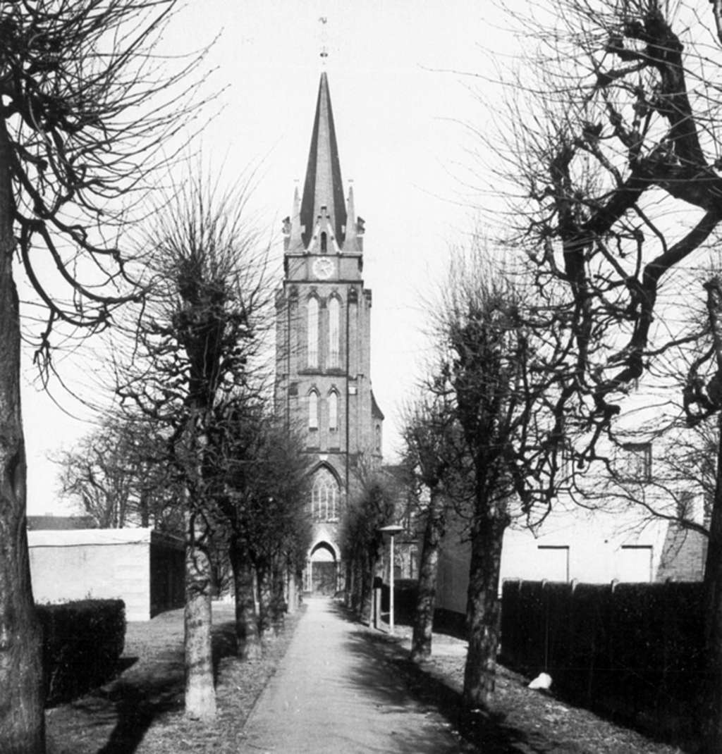 Sankt Laurentius in Ensen, 1980, RBA MFL005563 03