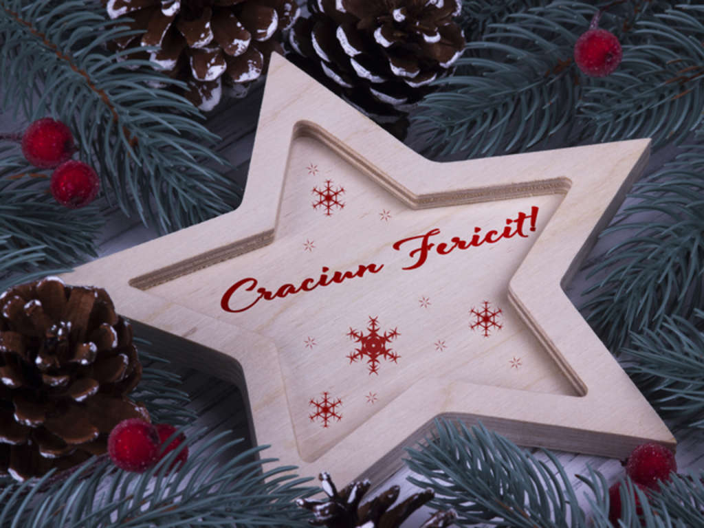 Christmas greeting card Craciun Fericit, red