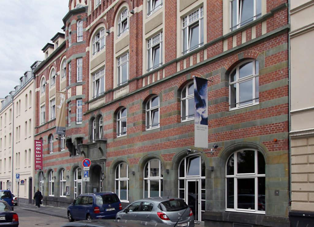 Theater Tiefrot Köln