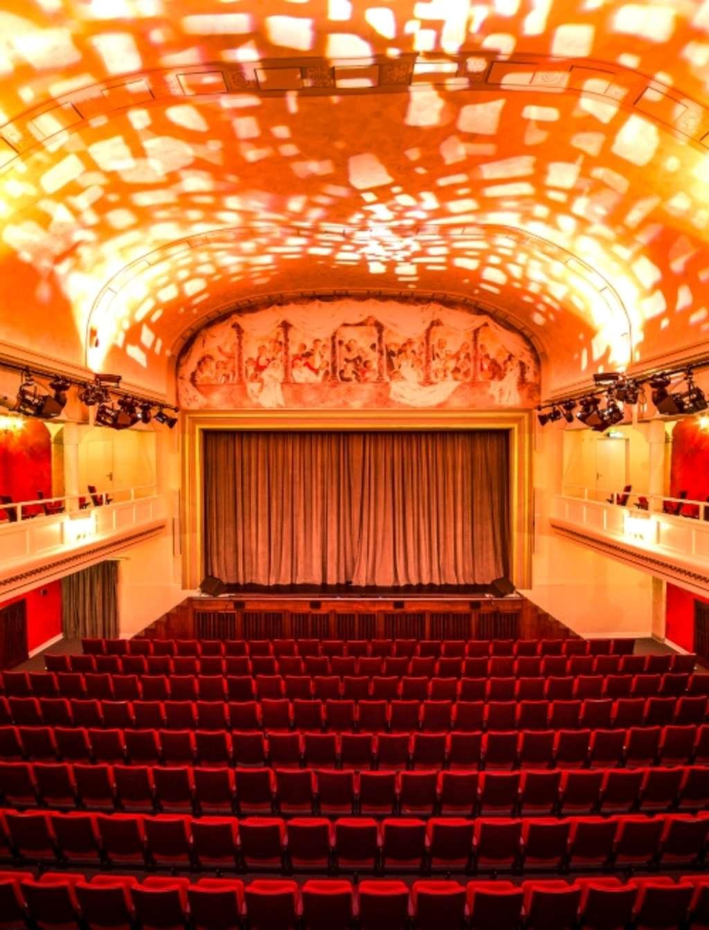 Volksbühne Köln Programm