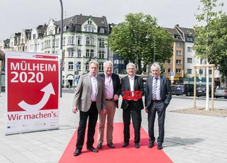 Neu Gestaltete Frankfurter Straße Und Bahnhofsvorplatz