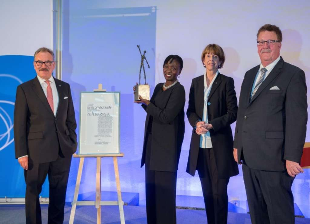 Internationaler TÜV Rheinland Global Compact Award für Dr. Auma Obama