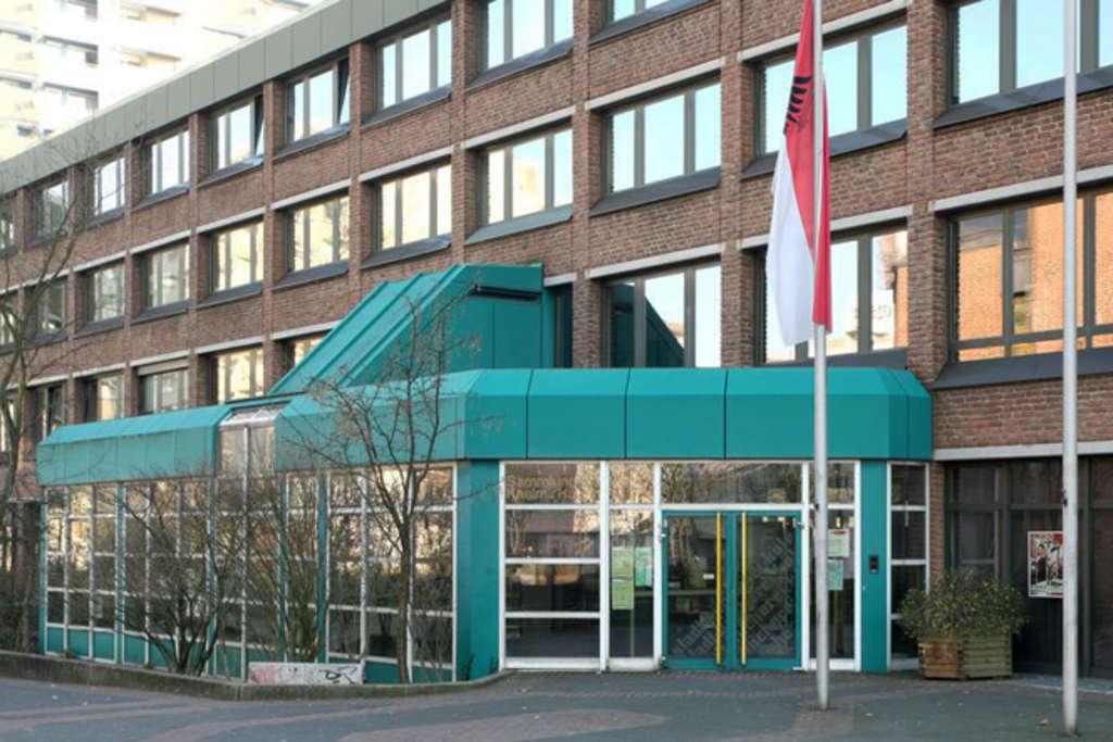 Bezirksrathaus Chorweiler