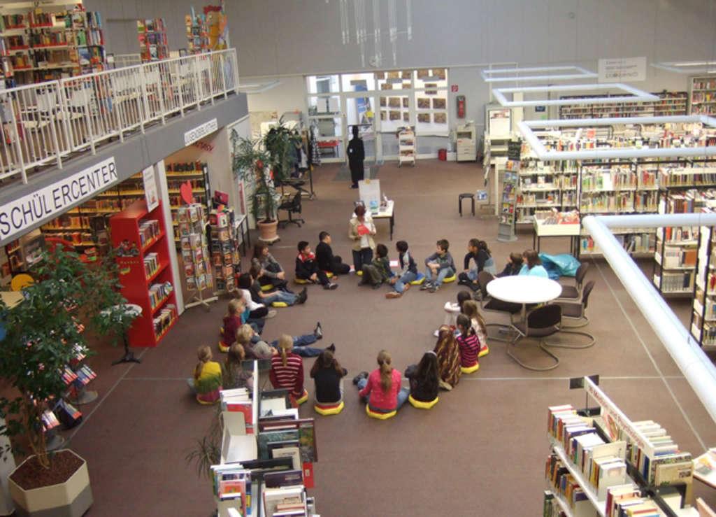 stadtteilbibliothek rodenkirchen stadt k ln. Black Bedroom Furniture Sets. Home Design Ideas