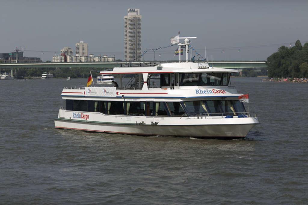 Große Hafenrundfahrt Köln
